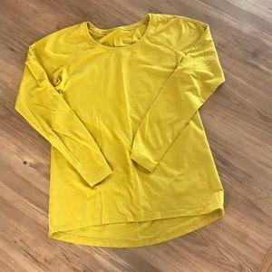 Long sleeved Lulu top